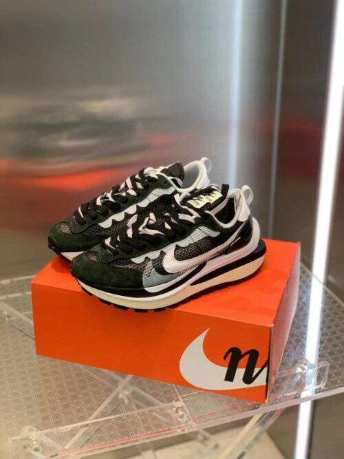 Nike x sacai кроссовки